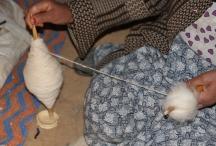 Le filage de la laine ©Hanane Bouaabid