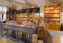 Un espace de vente à l'écomusée du sel de Gruissan (Aude, France) 2014 ©Fabien Van Geert
